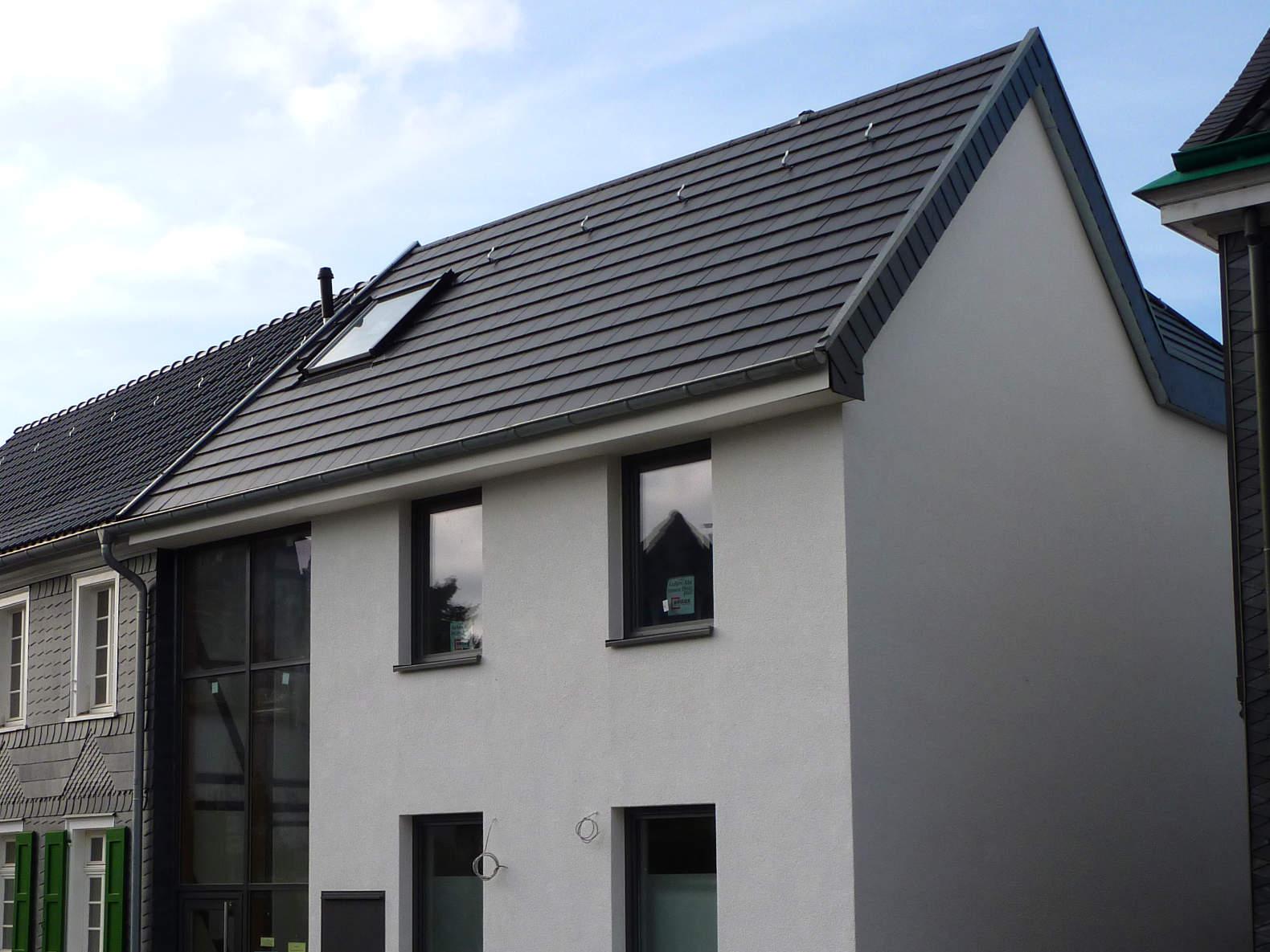 steildach dachsanierungen in burscheid dachdecker. Black Bedroom Furniture Sets. Home Design Ideas